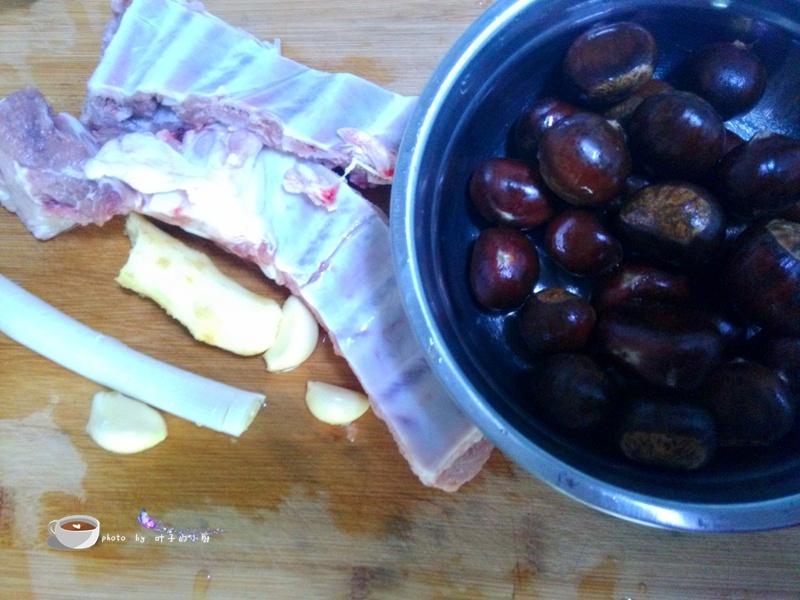 栗子烧排骨 - 叶子的小厨 - 叶子的小厨