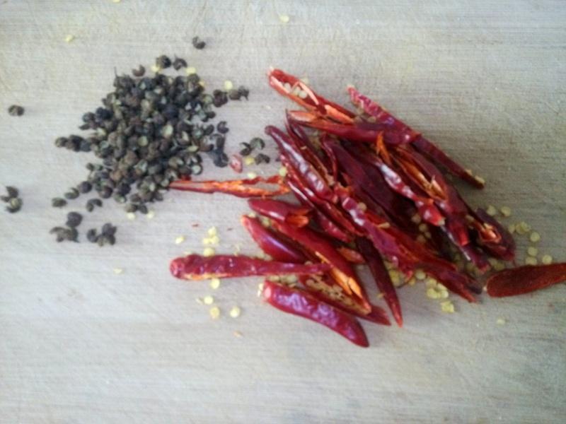 麻辣花生 - 叶子的小厨 - 叶子的小厨