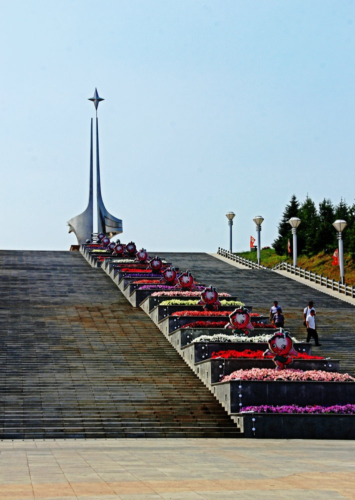 壮美龙江第一湾,漠河广场北极星——暑期东北行之二十四 - 侠义客 - 伊大成 的博客