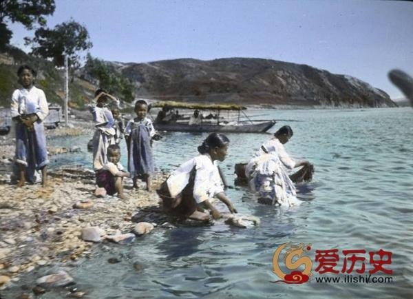 朝鲜河边传来的万妇捣衣声 - 爱历史 - 爱历史---老照片的故事