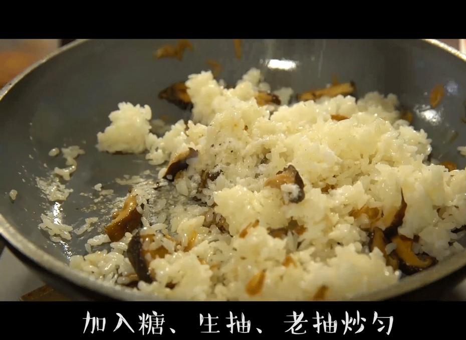这碗米饭有菜有海鲜,米粒喷香油亮,特备适合上班族 - 蓝冰滢 - 蓝猪坊 创意美食工作室