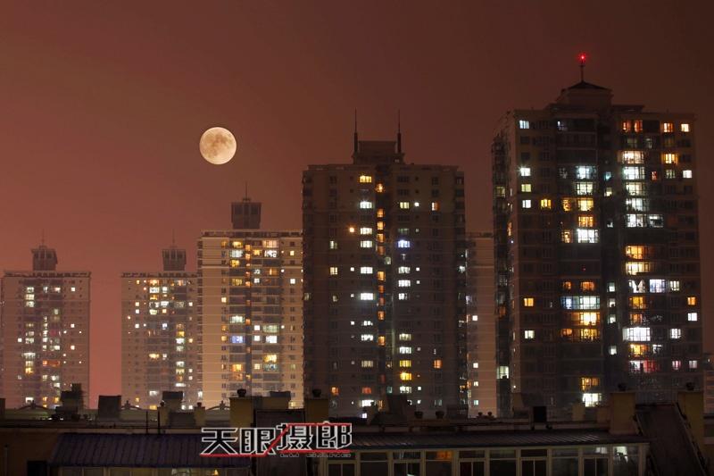 【天眼聚焦】爽约的红月亮 - 海军航空兵 - 海军航空兵