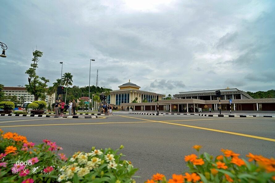 土豪王国的低调首都:斯里巴加湾市(1)(转自心在旅途的博客) - 晶莹 - zcwzhy2014的博客