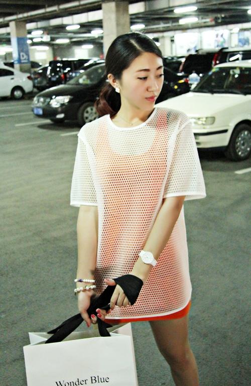 时尚简约派 渔网大衫今年流行必备 - Anko - Anko