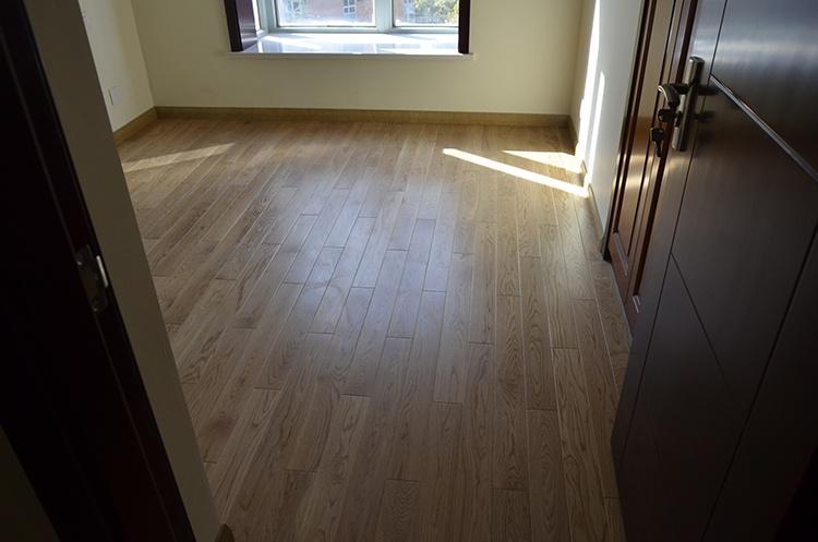 实木地板保养应该注意的6个要点 - 国林地板 - 国林木业的博客