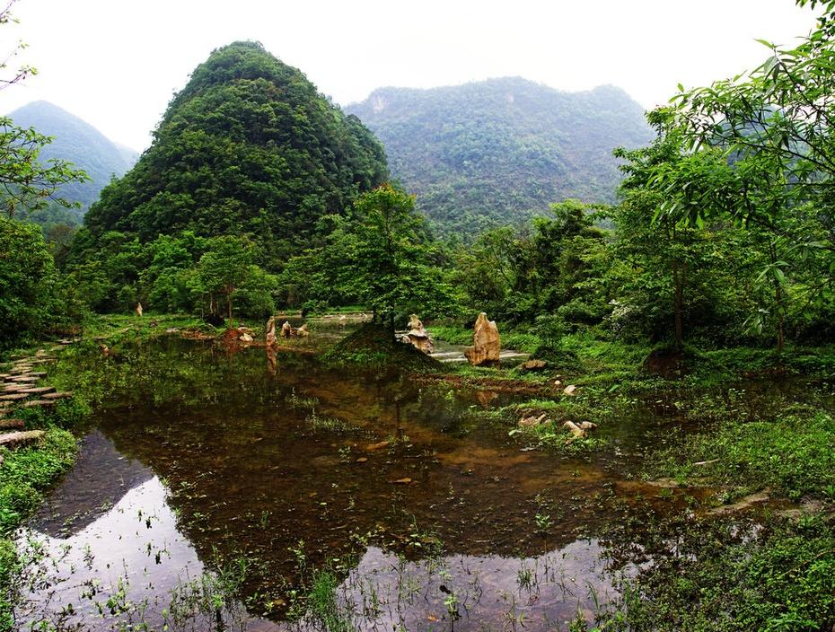 水上林观蝶戏水,翠谷瀑布高挂青山--黔南游十七 - 侠义客 - 伊大成 的博客