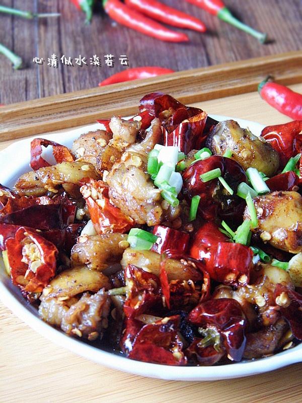 川菜馆里人气最旺的招牌菜--【重庆辣子鸡】 - 慢美食 - 慢 美 食