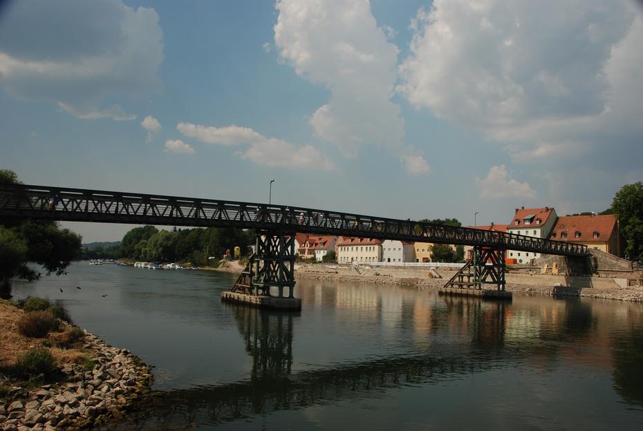 看蓝色的多瑙河上古石桥卧波 - 海军航空兵 - 海军航空兵