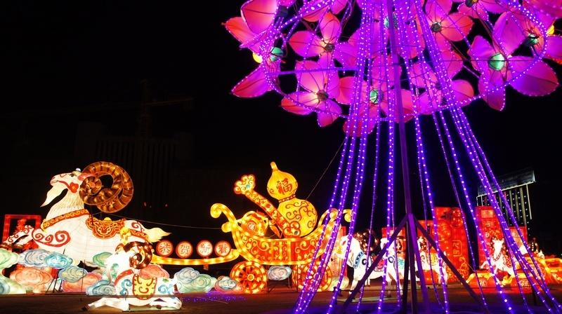实拍:青海西宁迷人的夜景花灯抢鲜看 - 刘志强 - 刘志强的博客