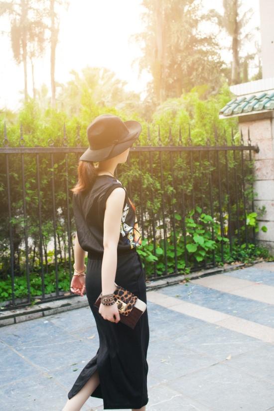 【黑色图案连身裙】 - 草莓小玩子 - 不再设置评论功能。有事请邮件联系。