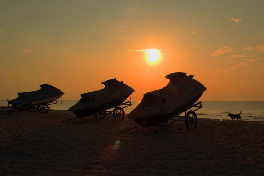 涠洲岛行:壮美落日和宁静的黄昏 - 海军航空兵 - 海军航空兵