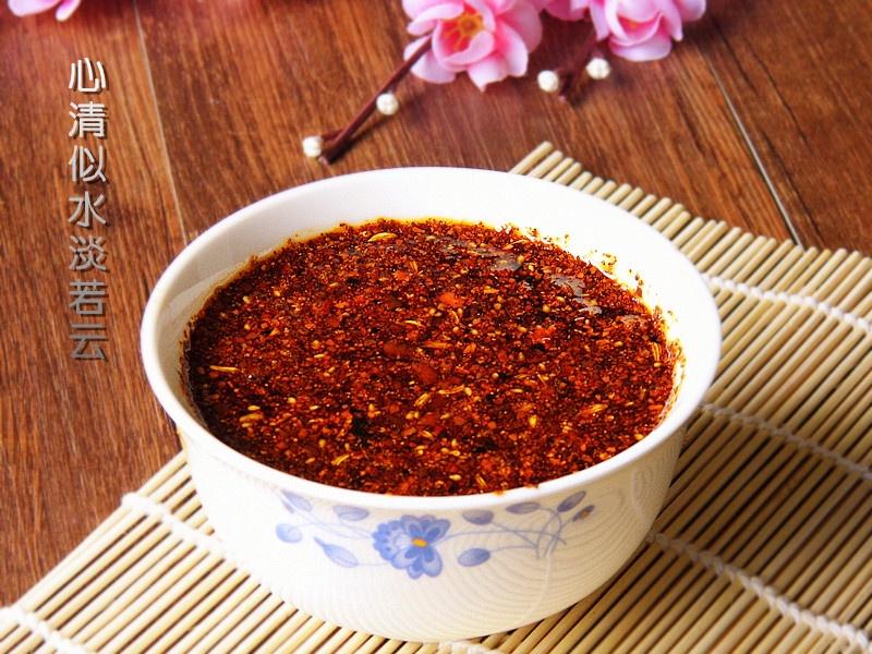 重庆小面的灵魂一碗香喷喷的辣椒油----重庆油辣子 - 慢美食 - 慢 美 食