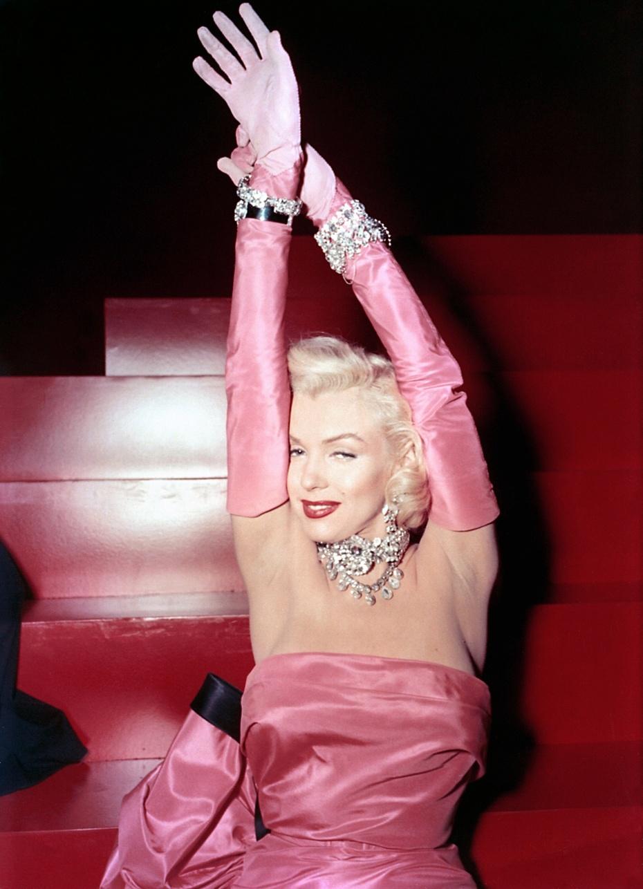 时尚经|女人天生好像就为两样东西而活 - toni雌和尚 - toni 雌和尚的时尚经
