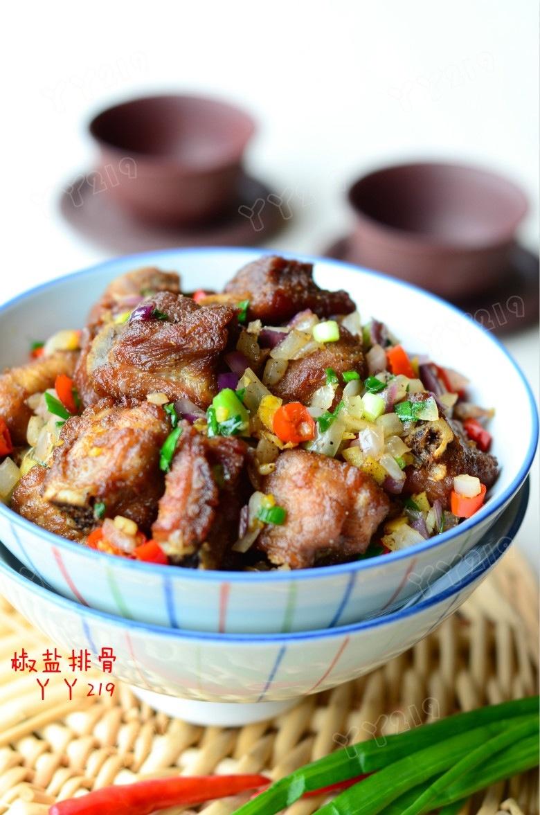 大受家人喜欢的排骨做法——【椒盐排骨】 - 慢美食 - 慢 美 食