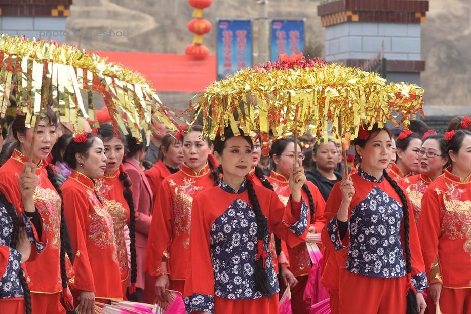 陕北风情(20)—— 印斗大秧歌_图1-18