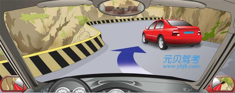 驾驶汽车可以在这种急弯处超车。答案是错