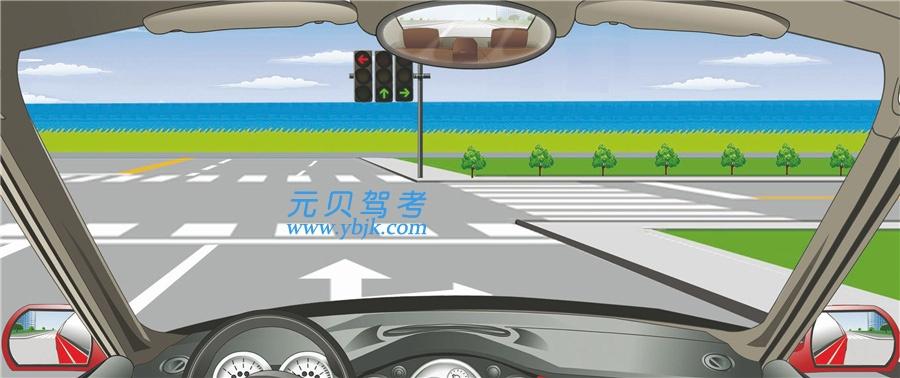 這個路口允許車輛怎樣行駛?A、向左、向右轉彎B、直行或向左轉彎C、向左轉彎D、直行或向右轉彎答案是D