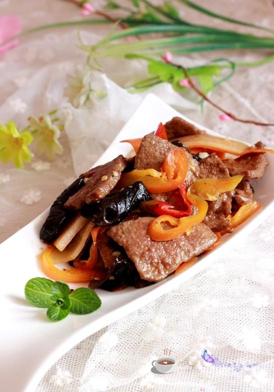 木耳炒猪肝 - 叶子的小厨 - 叶子的小厨