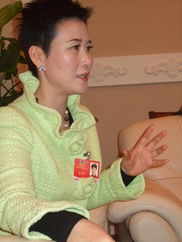 旁观者日记 ---政协委员李小琳的左手 - 汪丁丁 - 汪丁丁的博客