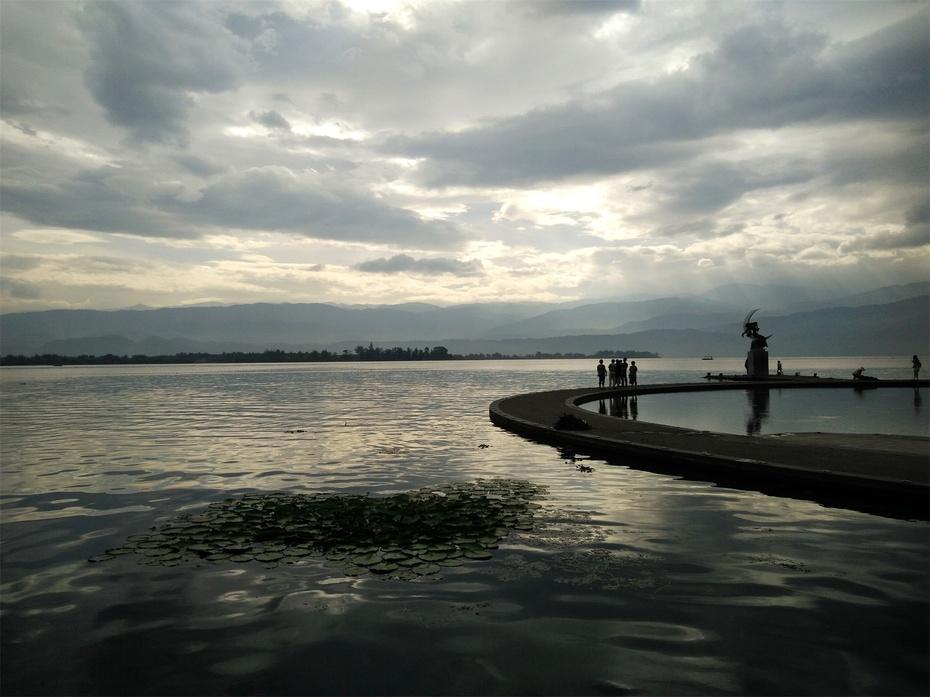 【恋恋风尘】 邛海,远离喧嚣的世界 - 海军航空兵 - 海军航空兵