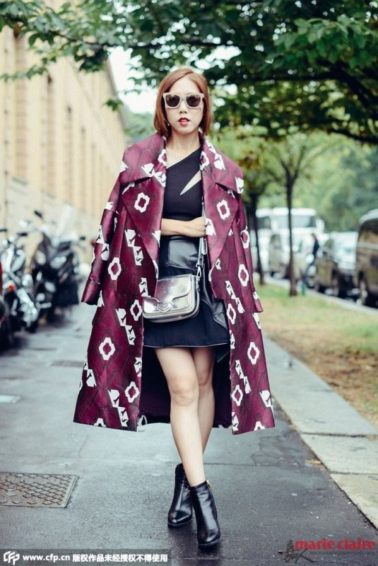 别错过外套最时髦的搭法 披肩穿才是合格的时尚icon - 嘉人marieclaire - 嘉人中文网 官方博客