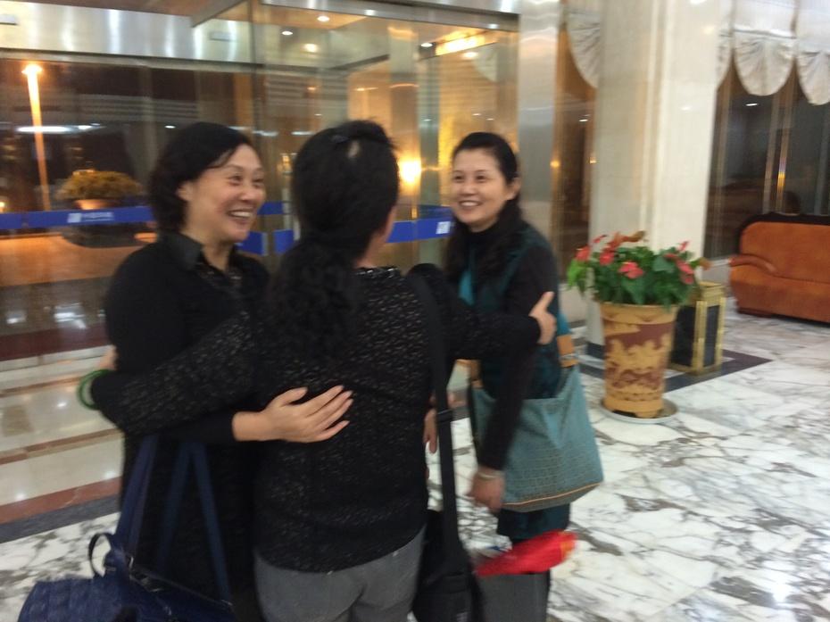 威海盛会(二)幸福的拥抱【吴浩】 - 203军中玫瑰 - 203军中玫瑰的博客