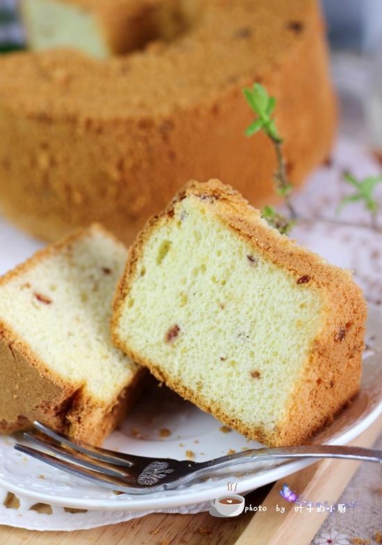 【健康烘焙】油和糖都超低的蔓越莓戚风蛋糕 - 叶子的小厨 - 叶子的小厨