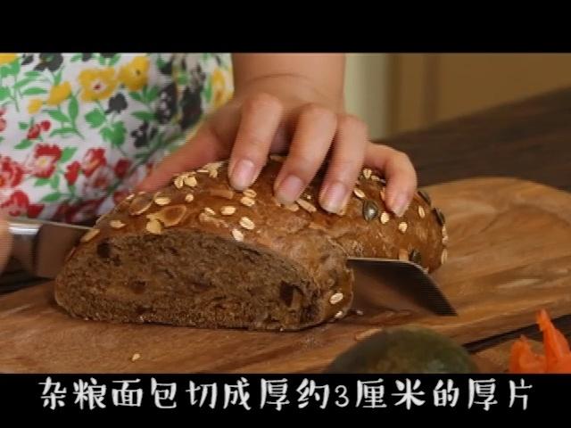 5岁的小朋友也能做出来的瘦身牛油果三明治 - 蓝冰滢 - 蓝猪坊 创意美食工作室