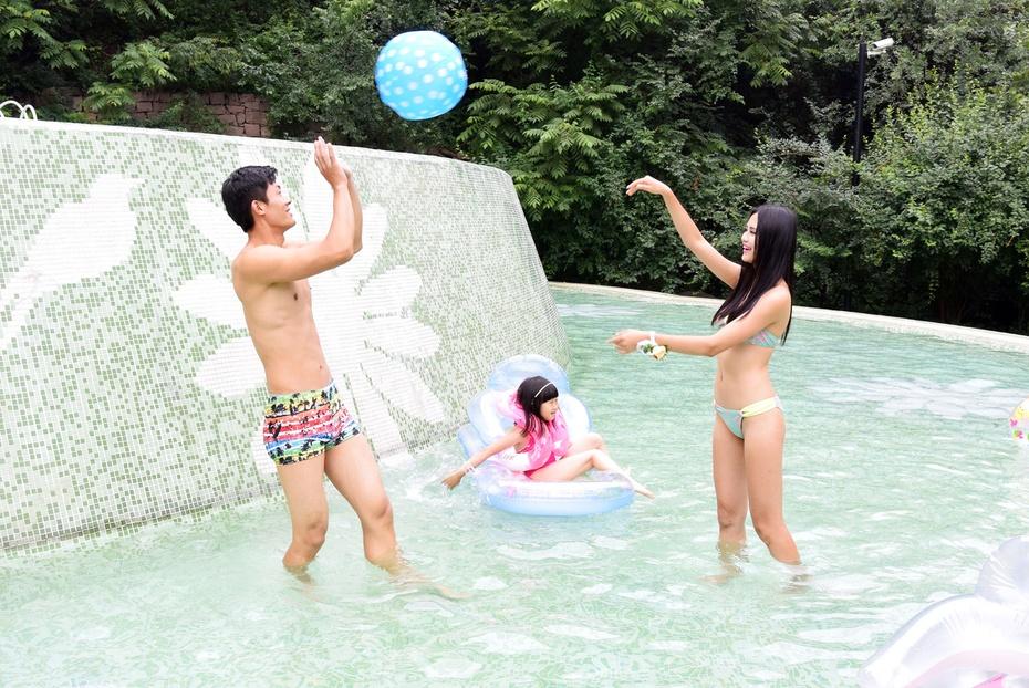 ★腻の时尚秀★泳池欢乐颂J4·S2新品相机鲜体验【尼康】 - 林腻腻_Babe - 愛の尐情調