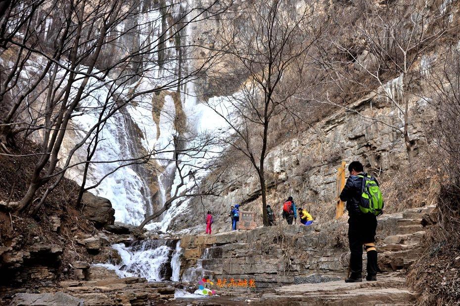 """云梦山被誉为""""北方的九寨沟"""",水资源非常丰富,一到冬季就是一个银色的"""