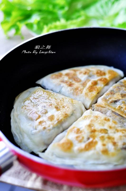 牛肉馅饼的做法,层多馅足,咬一口流汁-狼之舞 - 荷塘秀色 - 茶之韵