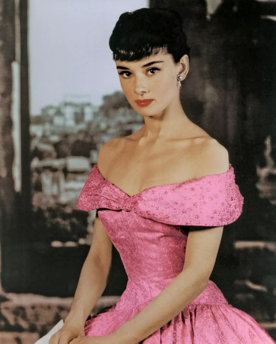 因为长得太美,她的衣品被严重低估了 - toni雌和尚 - toni 雌和尚的时尚经