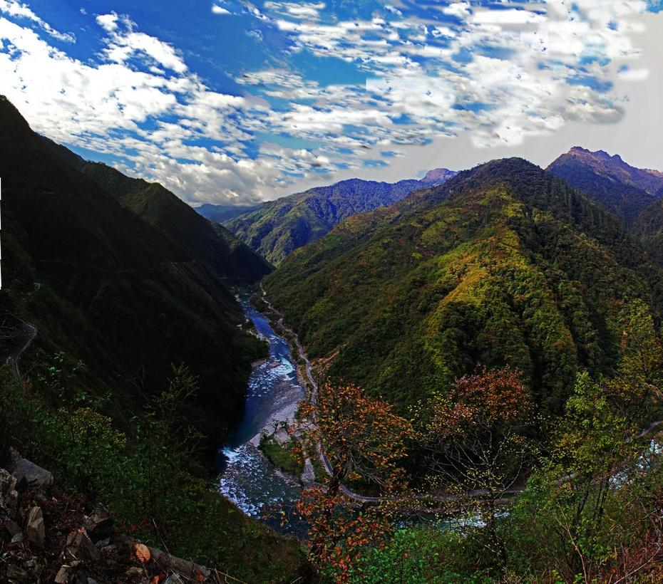 独龙江穿越高黎贡,雪峰杜鹃险路伴行-云南怒江游之四 - 侠义客 - 伊大成 的博客