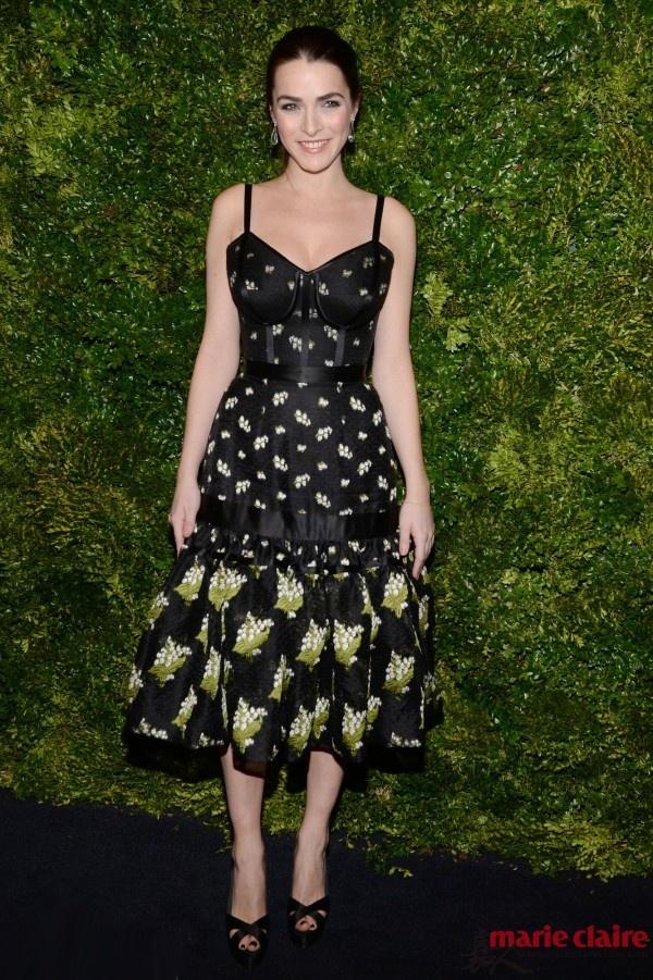 复古吊带皮裙演绎摩登时尚 这个feel让我心动 - 嘉人marieclaire - 嘉人中文网 官方博客