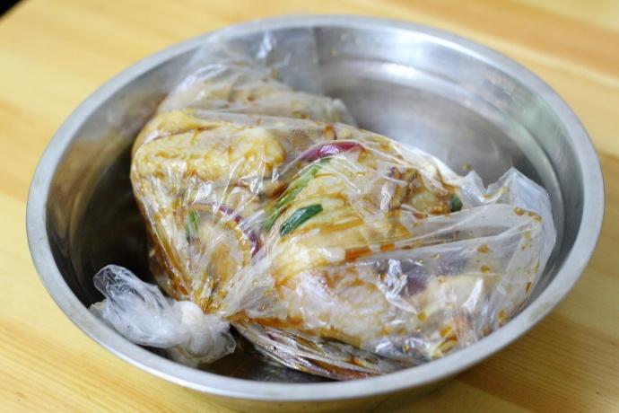 【美食制作】电饭煲制作盐焗鸡 - 漓江微波 - youdenian99的博客