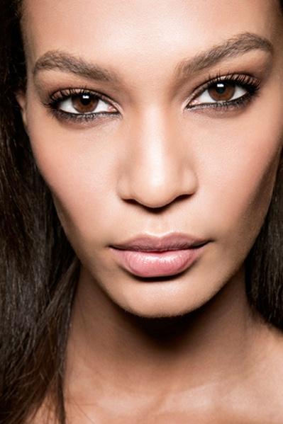 10个方法让年末压力肌复活 - VOGUE时尚网 - VOGUE时尚网