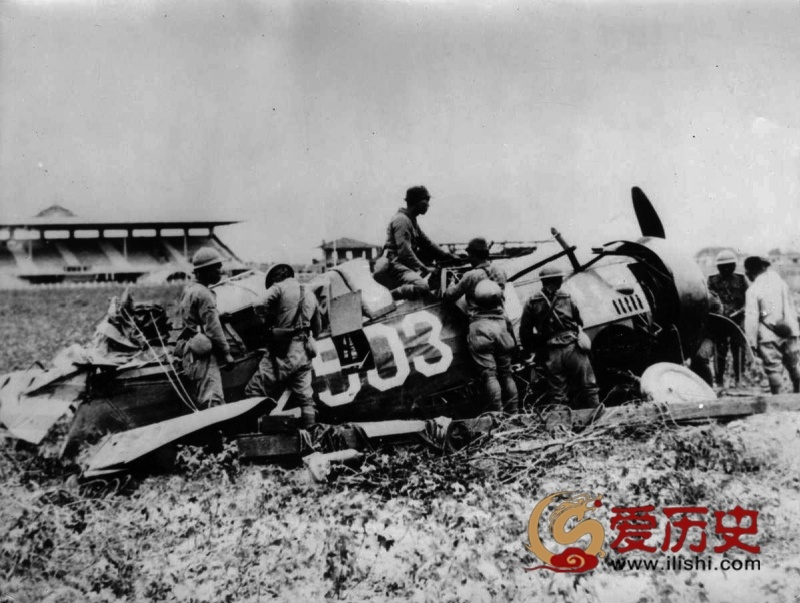 野兽的罪证:日军自拍的淞沪会战 - 爱历史 - 爱历史---老照片的故事