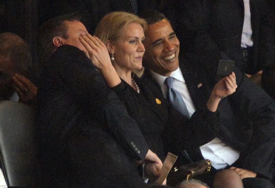 奥巴马和美女玩自拍,老婆很生气(组图) - 遇果林 - 遇果林-原生态博客