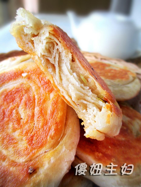发面葱油小饼 冬天如何做外酥内软的早餐发面饼图片