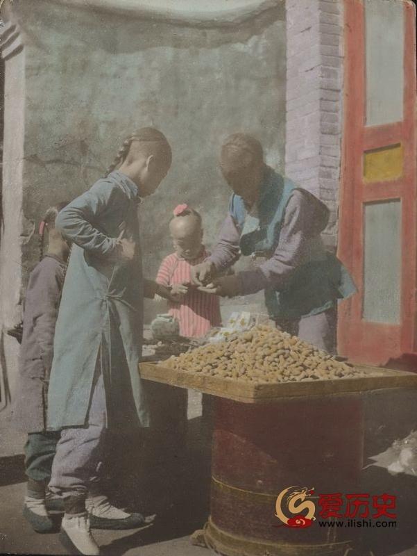 20世纪初摄影师镜头下的彩色中国 - 爱历史 - 爱历史---老照片的故事