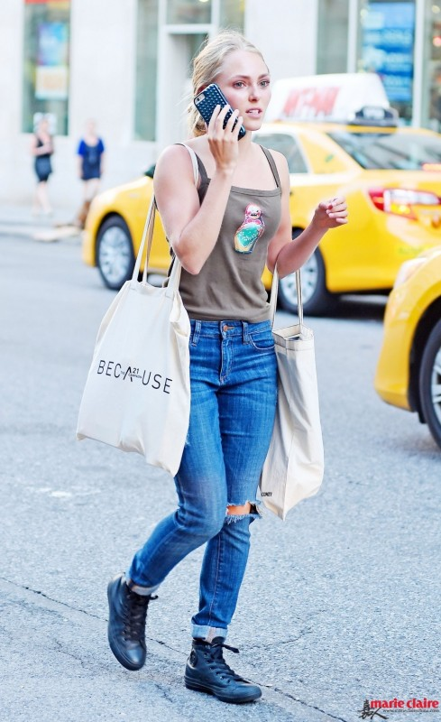 全世界都在露脚踝?拥有一双帆布鞋就能不走寻常路 - 嘉人marieclaire - 嘉人中文网 官方博客