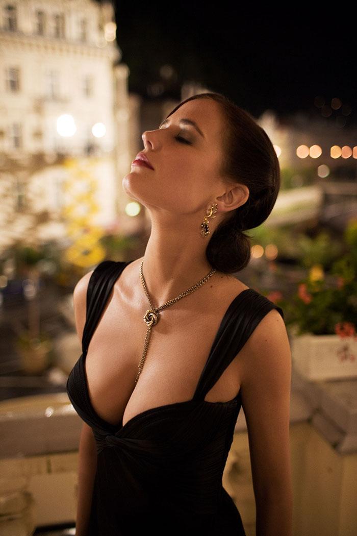 【女神】法国女星中她不算Top1 但却是唯一用眼神就能将你掰弯的那个 - Nikki妮儿 - Nikkis Fashion Blog