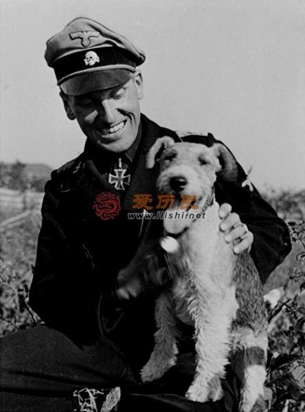 """他就是纳粹王牌""""维京师""""的指挥官 - 爱历史 - 爱历史---老照片的故事"""
