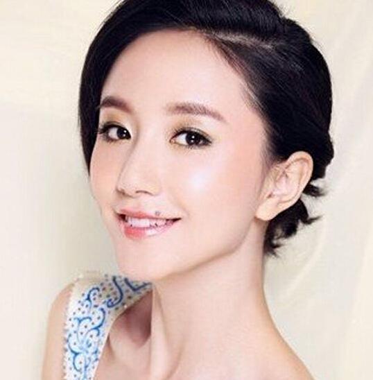 """这些女星告诉你""""痣""""在何处颜值不降反升 - 嘉人marieclaire - 嘉人中文网 官方博客"""