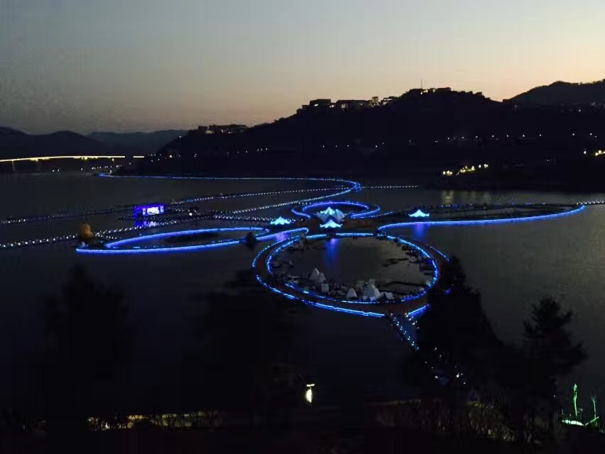 贵州红水河景区:世界最长水上栈道