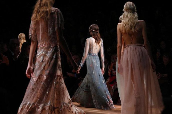 【雌和尚看秀日记】2015春夏华伦天奴Valentino-秀场深度细节分析 - toni雌和尚 - toni 雌和尚的时尚经