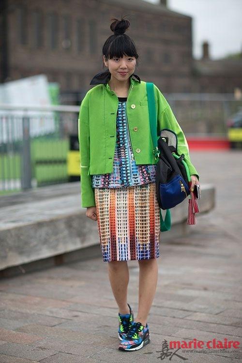 不是每次雨后都有彩虹 你却能把彩虹色随时穿脚上 - 嘉人marieclaire - 嘉人中文网 官方博客