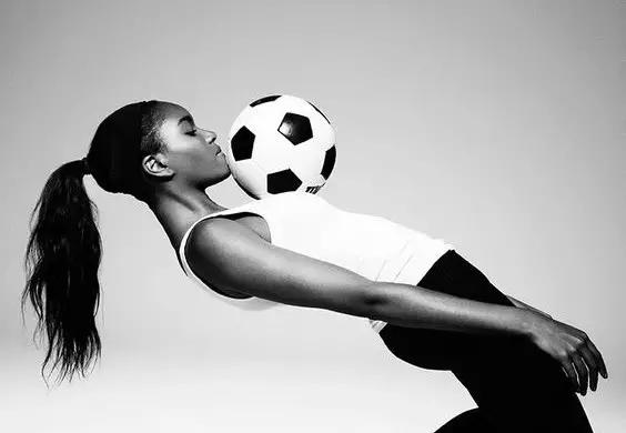 看奥运必备的时髦运动风 - toni雌和尚 - toni 雌和尚的时尚经