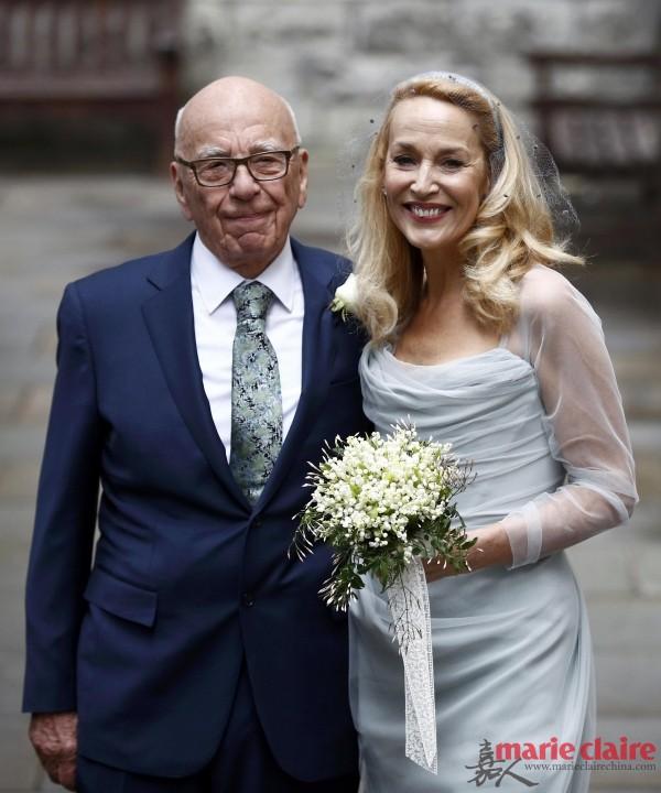 84岁默多克再婚 6个女儿当伴娘外还有宾客抢着戴的珍珠来吸睛 - 嘉人marieclaire - 嘉人中文网 官方博客