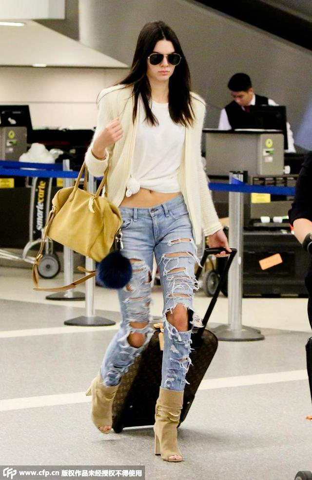学时髦女星穿开衫 又凹造型又保暖 - 嘉人marieclaire - 嘉人中文网 官方博客
